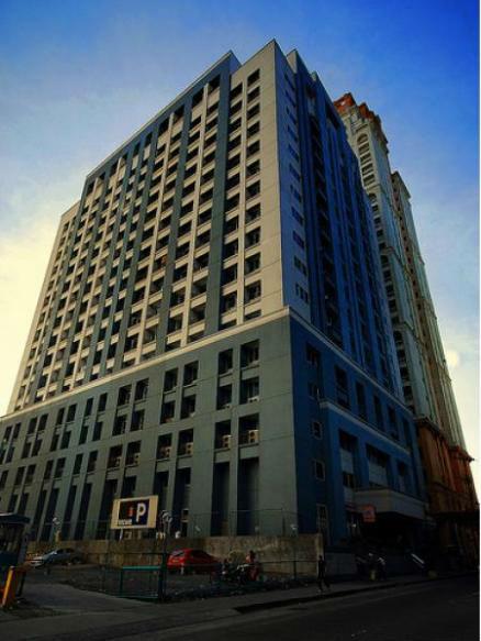 6431_aic-grande-tower